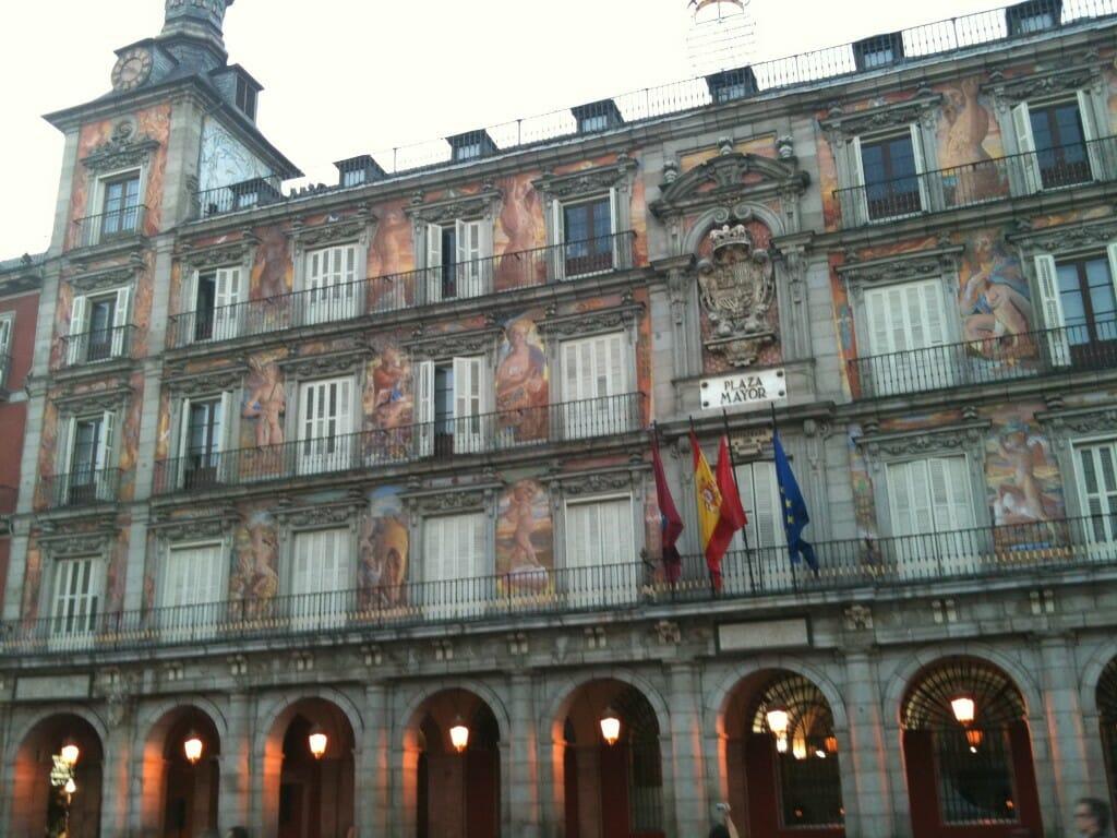 Madrid Plaza Mayor im Madrid Reiseblog