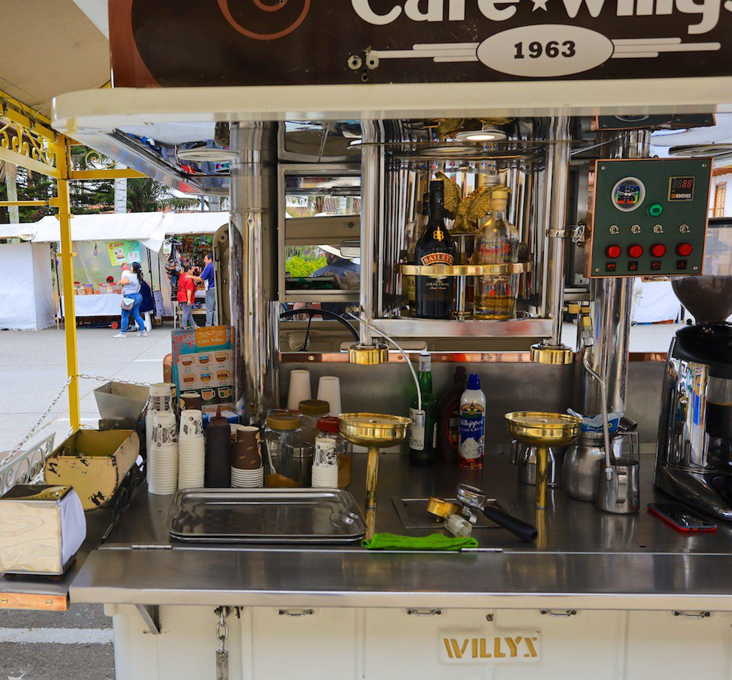 Kolumbien Kaffeezone: Kaffe vom Willys Jeep