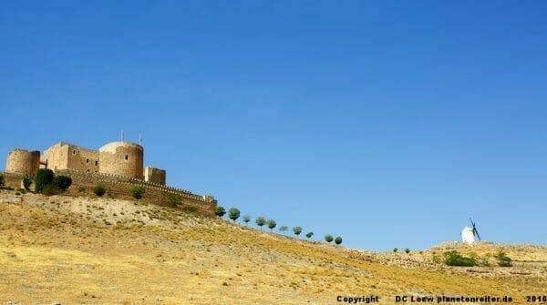 Roadtrip Kastilien: Windmühlen der Mancha in Consuegra