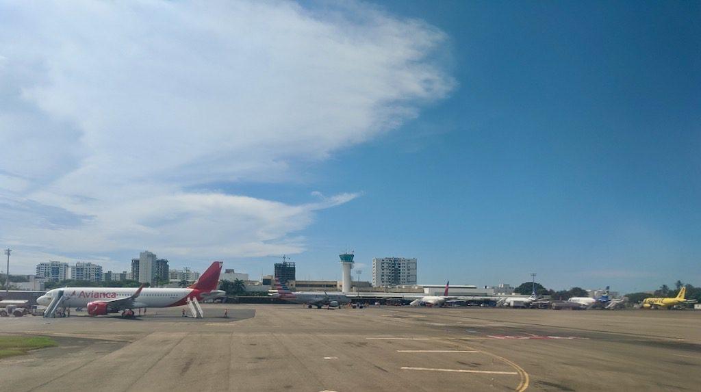 Kolumbien Inlandsflüge: Flughafen Cartagena de Indias CGT
