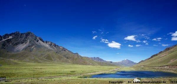 Der Altiplano, Peru, auf dem Weg zwischen Cuzsco und Puno.