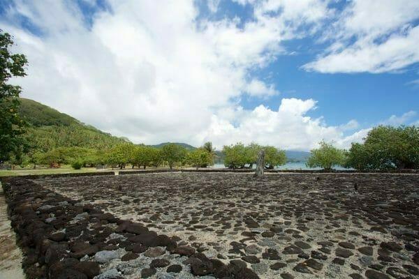 Raiatea Französisch – Polynesien: Das Welterbe in Taputapuatea.