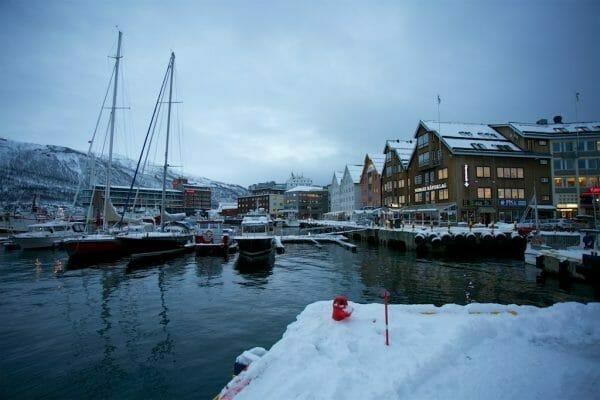 Der Hafen von Tromsö, Norwegen: Heller wird es nicht!